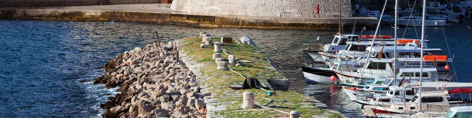 Tenrag Yacht Charter: Croatian charters