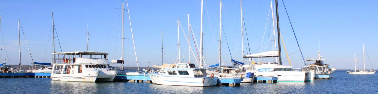 Tenrag Yacht Charter: Cuba