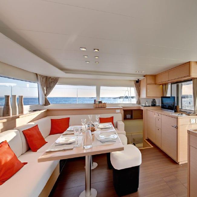 Tenrag Yacht Charters - Lagoon 450 Flybridge